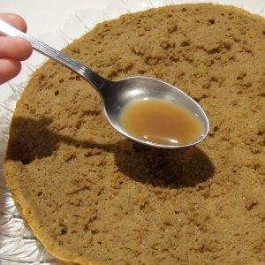 Come bagnare il Pan di Spagna per un dolce perfetto - Tecnichef
