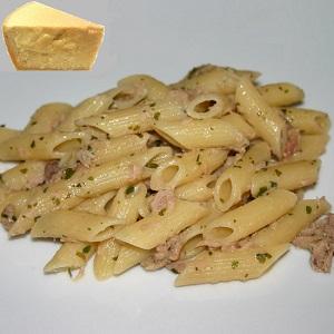 Pasta al tonno e parmigiano