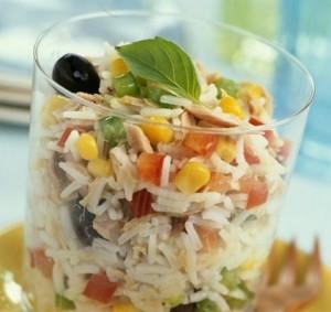 preparare insalata di riso per mare spiaggia