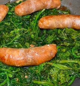 Salsicce e friarelli: la ricetta