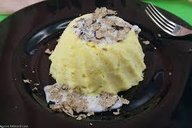 Tortino di patate al tartufo nero e mozzarella di bufala: la ricetta